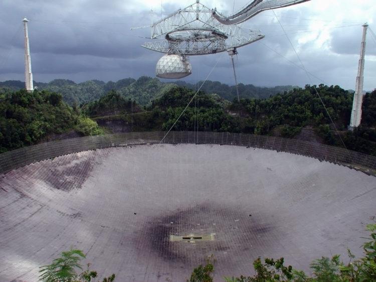 Observatorio de Arecibo para ver las estrellas