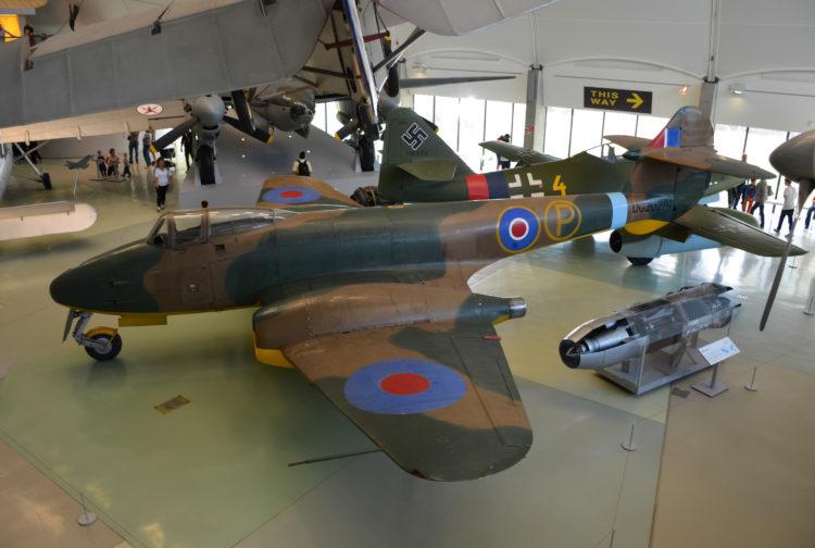 El Museo Aéreo y Militar de los Ozarks