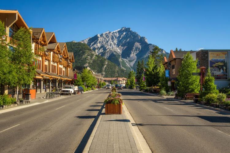 Mystery Towns Banff Aventuras de resolución de pistas - Treasures of Banff