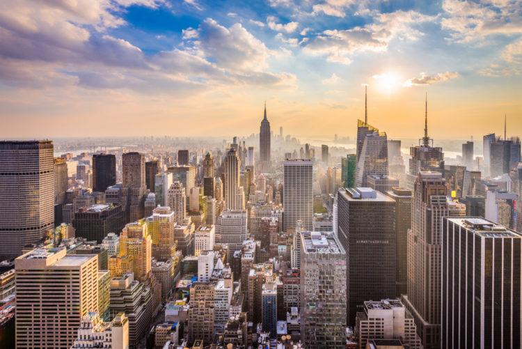 shutterstock 762344239 scaled e1586008598456 Cómo solicitar el desempleo en Nueva York