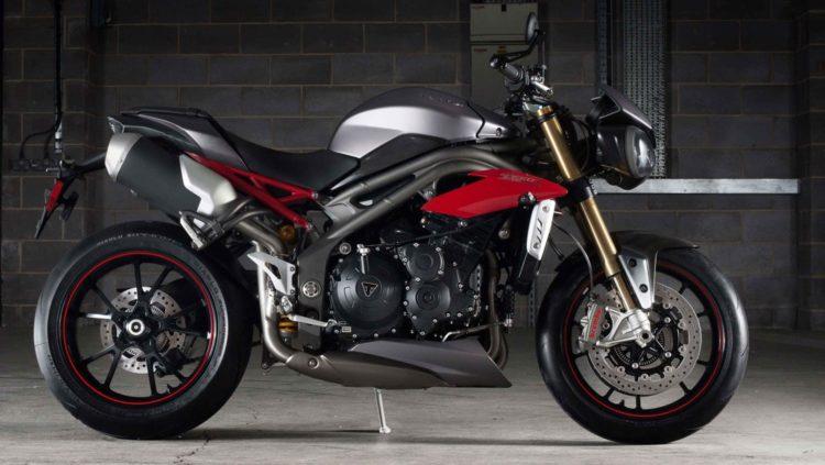 speed triple family engine2 LB Las cinco mejores motocicletas Triumph de la década de 2000