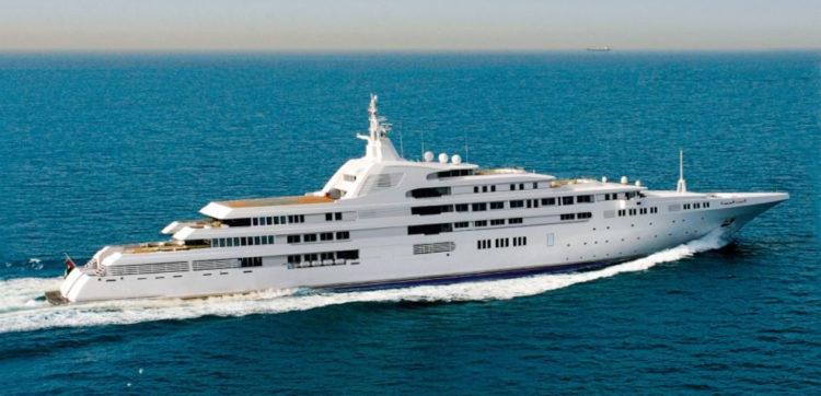 superyacht dubai Una mirada más cercana al superyate de $ 350 millones en Dubai