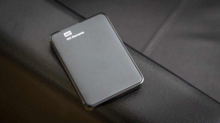 wd elements portable drive 2242 001 e1548279982811 Los cinco mejores discos duros externos portátiles disponibles en la actualidad